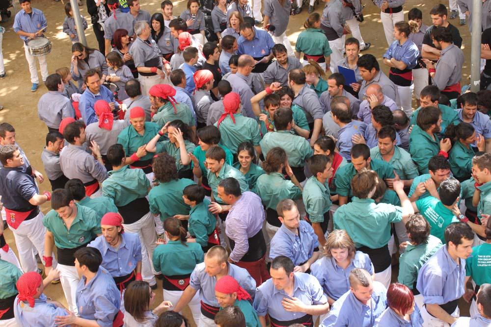 A CRÒNICA – ACTUACIÓ A L'Aniversari dels marrecs de salt | 27D'ABRIL